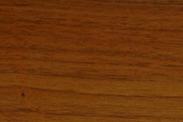 突き板もしくは無垢材