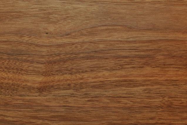 突き板もしくは無垢板