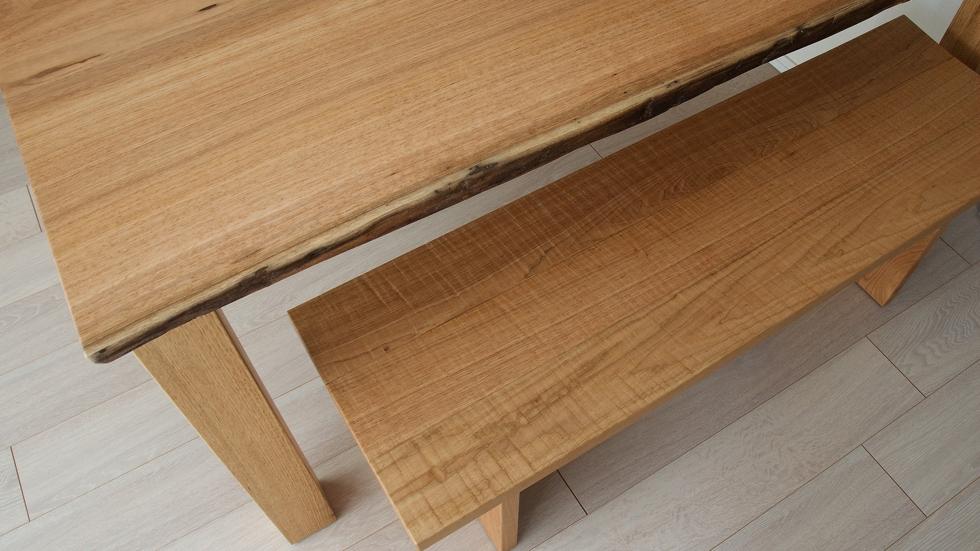 納品事例:クルミ材耳つきテーブル&ベンチ