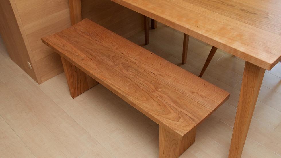 納品事例:無垢チェリー材テーブル&チェア&ベンチ
